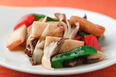 上揚半と彩り野菜のマーマレード炒め